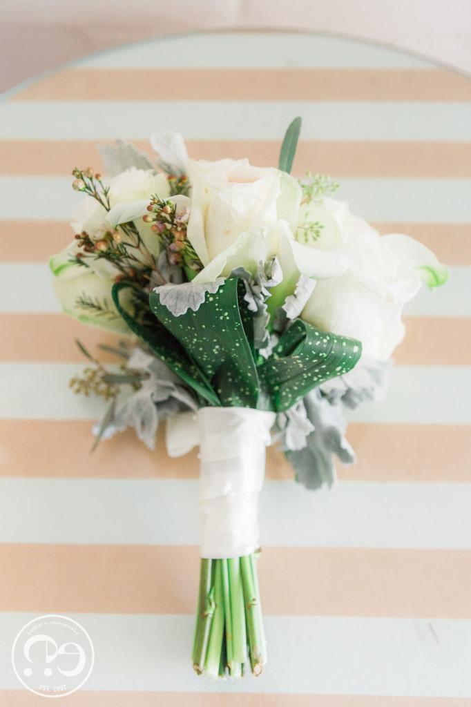 bonnet house wedding photos boquet