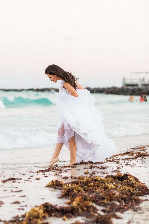 luxurious bridal photos miami beach south point park