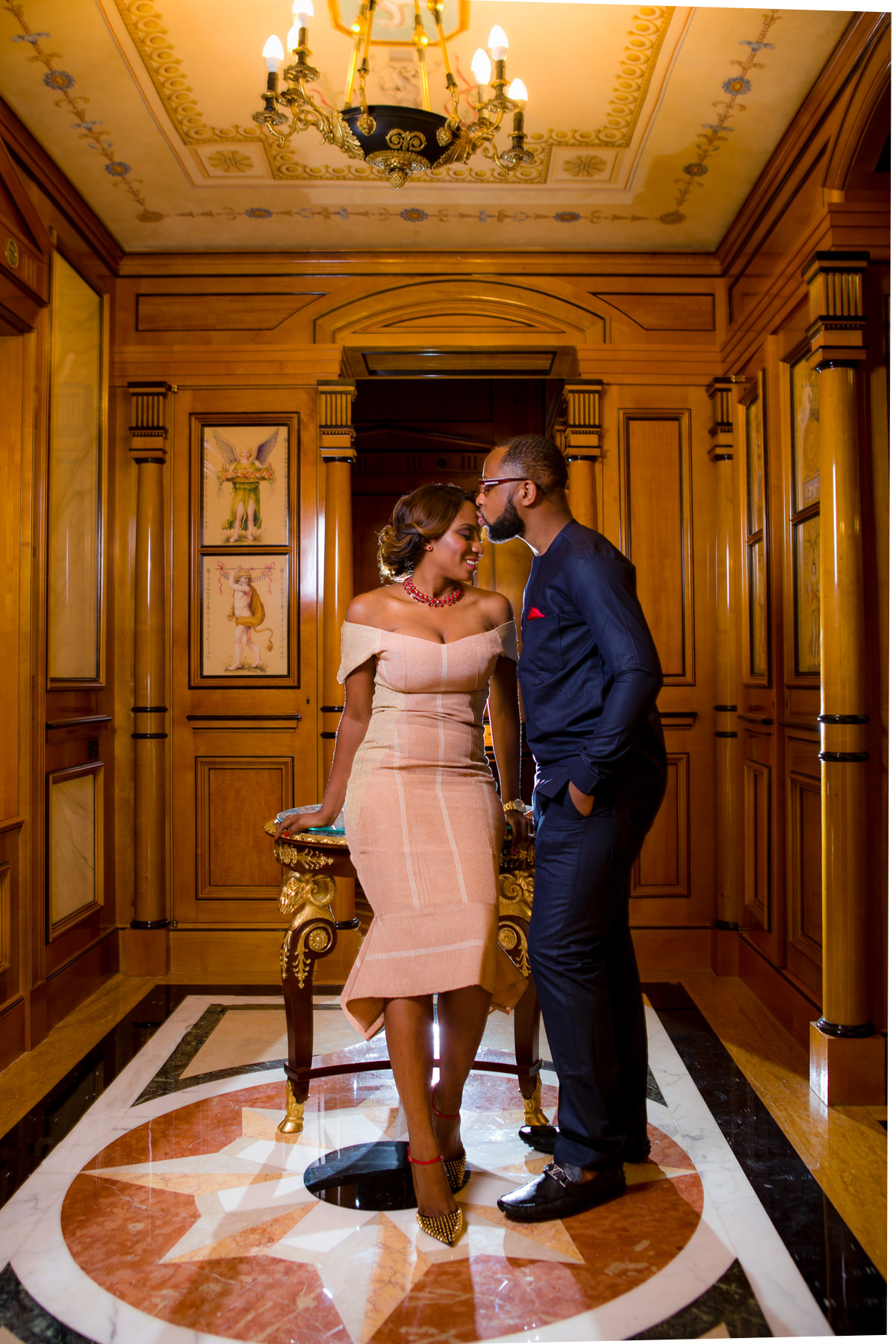 Engagement Photos Versace Mansion Villa Casa Casuarina