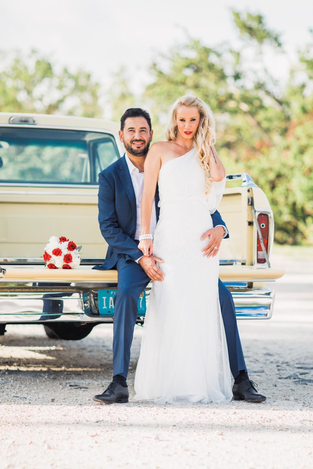 ford 1972 pickup truck wedding photos